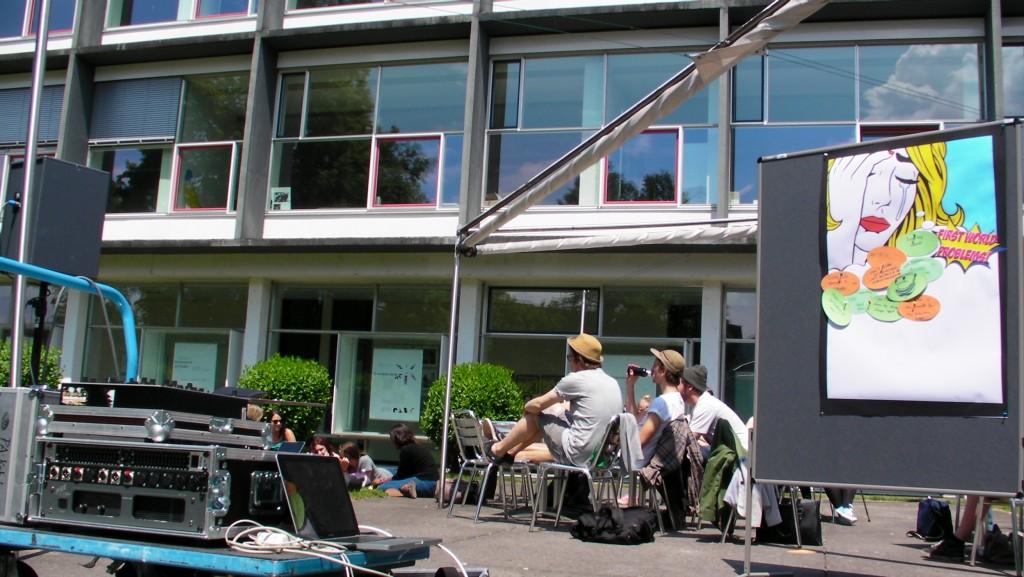 Achwelle Public Lisetning in June 2014